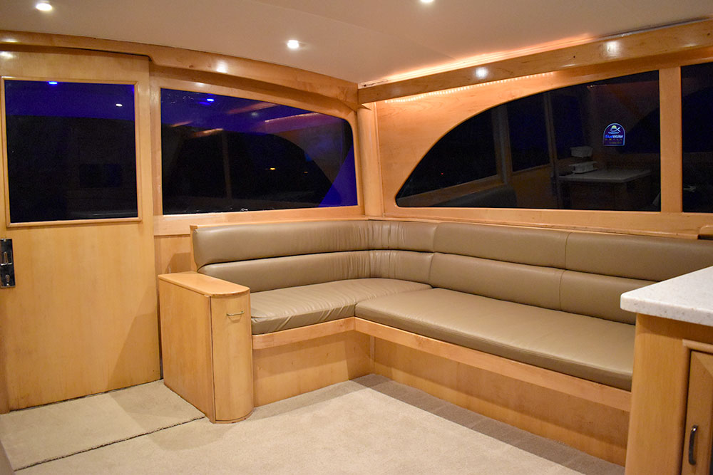 boat-slider-interior2